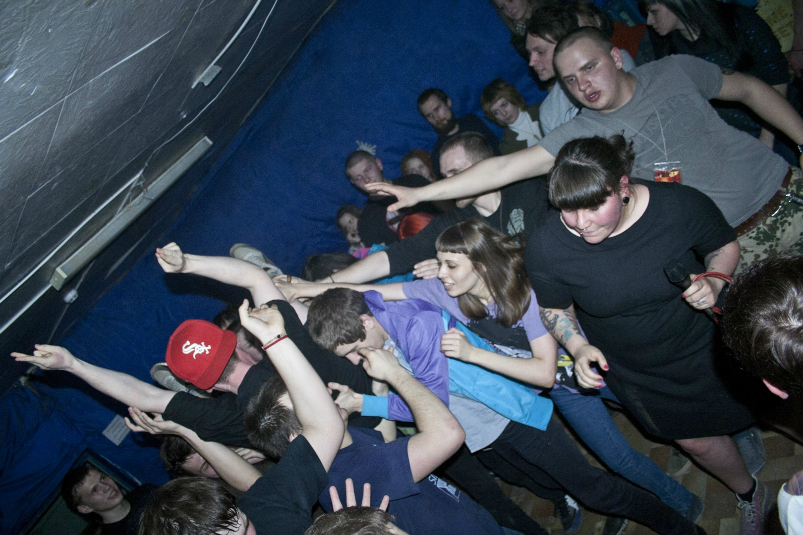 mir-club-2011-37